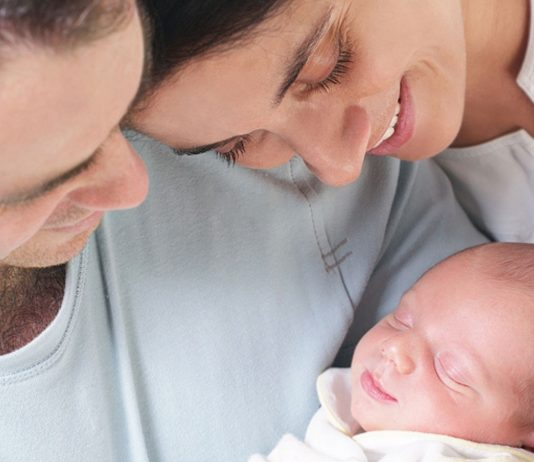 Viele Eltern sehen schon bei ihrem Baby Ähnlichkeiten mit sich selbst