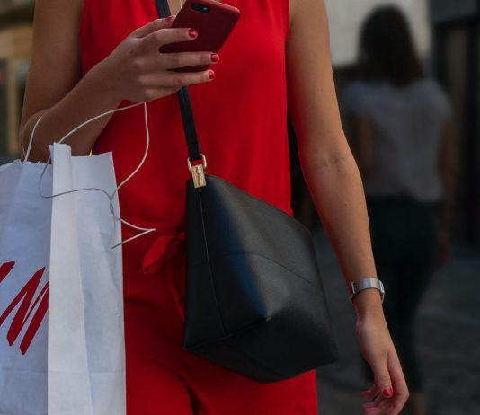 Der Mode-Riese will angeblich eine riesige Kündigungswelle starten.