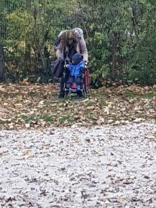 Die Mama mit ihrem kleinen Sohn. Foto: Privat
