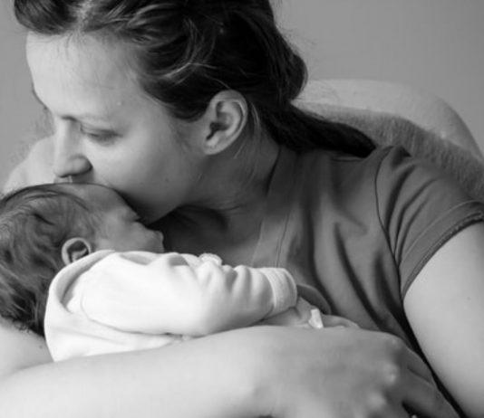 Eine Geburt, die anders verläuft als geplant, kann zu einem traumatischen Erlebnis werden