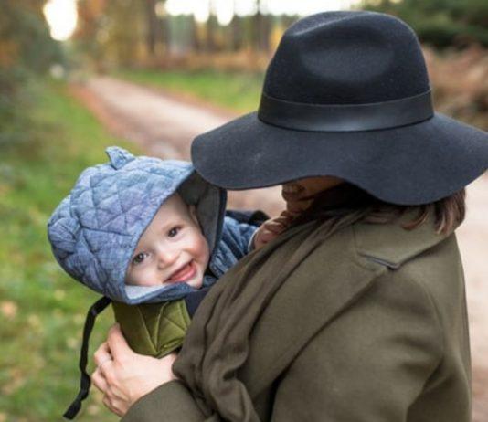 Mamas, die in Vollzeit arbeiten, bekommen manchmal das Gefühl, Rabenmütter zu sein.