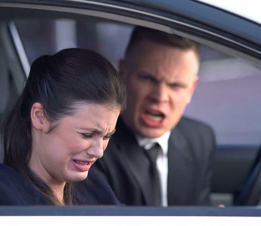 Emotionale Gewalt kann genauso tiefe Wunden hinterlassen wie physische Gewalt.