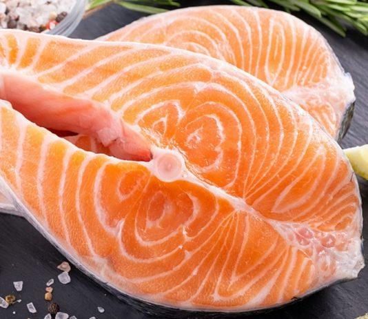 Auch für dein Baby ist Fisch gesund - wenn du einige Dinge beachtest.