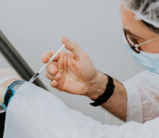 Möglicherweise schützt eine Grippe-Impfung auch vor Corona