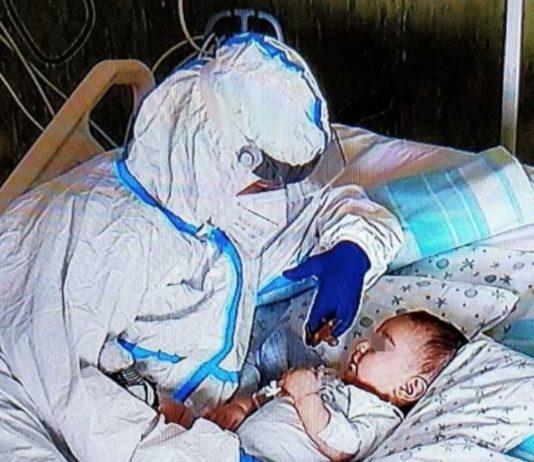 Das berührende Foto auf dem italienischen Krankenhaus.