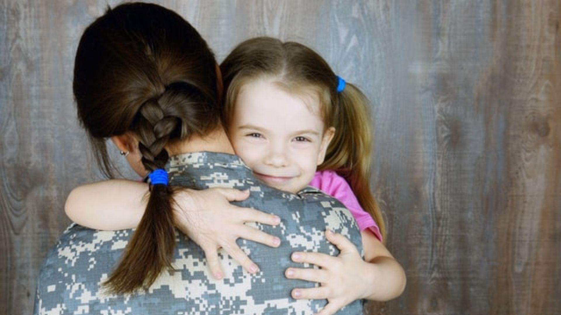 Psychologe: Bei Fragen von Adoptivkindern sehr offen antworten (Archiv)