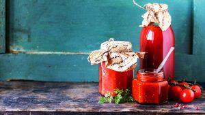 Ketchup für Kinder lässt sich am besten in Einweggläsern aufbewahren.