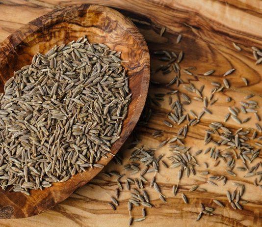 Kreuzkümmel ist eine Heilpflanze. Doch ist Kreuzkümmel auch in der Schwangerschaft gesund? Hier erfährst du, was du wissen mussst.
