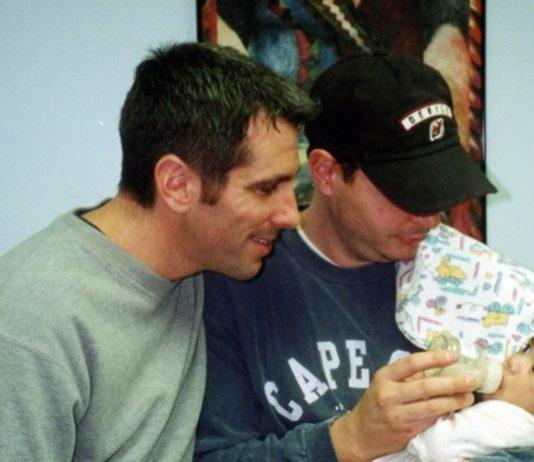 Danny und sein Partner Mercurio adoptierten das Baby aus der U-Bahn