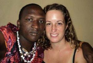 Stephanie und Sokoine im April 2011. Foto: Instagram masai_story