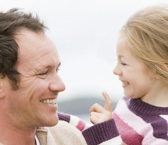 Eine wundervolle Verbindung: Tochter und Vater.