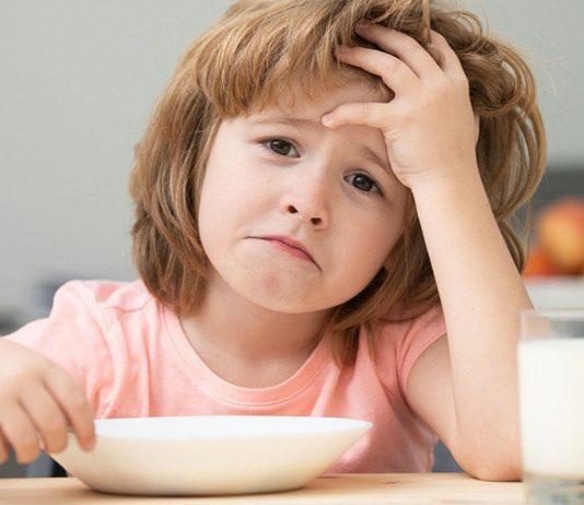 Kind isst nicht: Für Eltern oftmals eine belastende Situation.