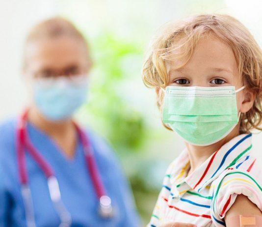 Die teilnehmenden Ärzte sind davon überzeugt, dass auch kleine Kinder den Impfstoff dringend benötigen.