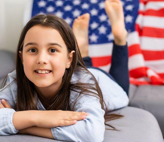 Amerikanische Mädchennamen: Charmant und glanzvoll