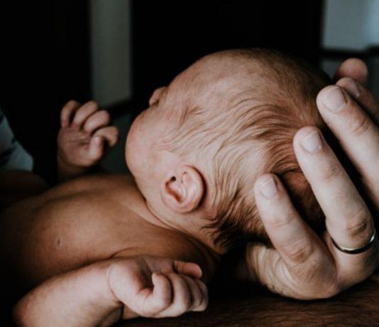 Dank des Neugeborenenscreenings ist für Eileens Baby noch mal alles gut gegangen.