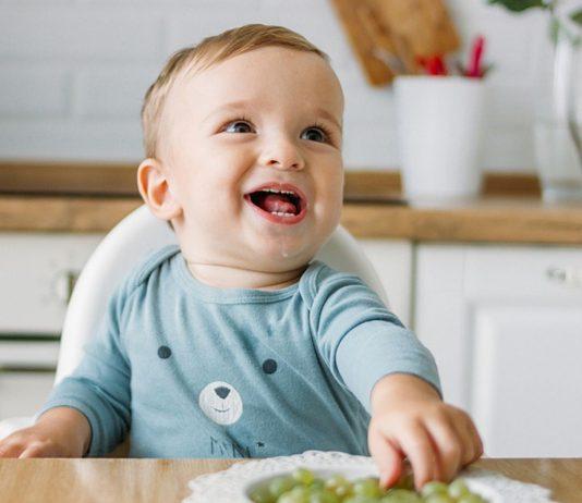 Bei Weintrauben fürs Baby solltest du besonders aufpassen.