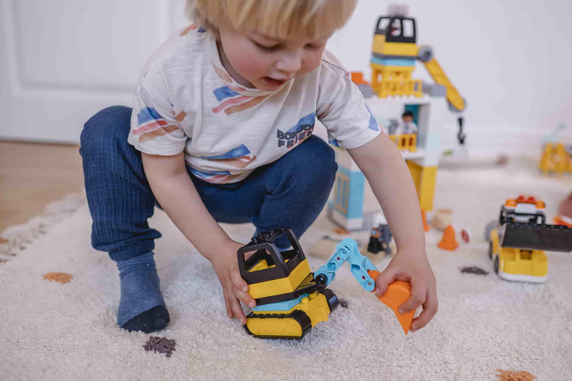 Mit den LEGO DUPLO Sets können Kinder in verschiedene Welten eintauchen.
