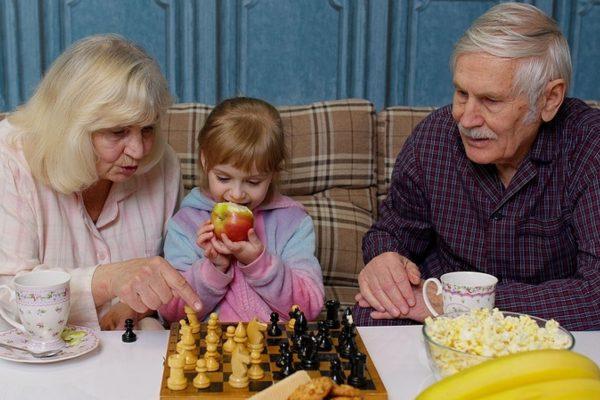 Wenn Oma und Opa sich verändern, ist das schwierig für Kinder.