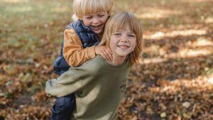 Sowohl für Babys sowie Kleinkinder als auch Schulkinder findet ihr bei UNIQLO passende Basics.