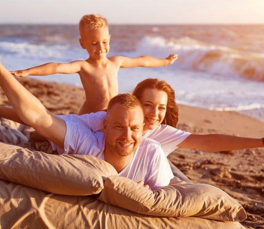 Hand aufs Herz: Bei wem sieht denn bitte so der Familienurlaub aus?